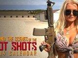 泳装女郎在美军靶场摄大片