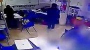 监拍国外学生课上枪击老师同学