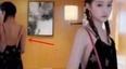 关晓彤半夜晒照秒删,背后的镜子好像暴露了什么