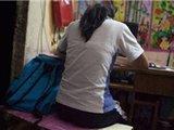 27岁男老师摸胸猥亵女学生