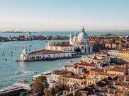 意大利最有特色的小镇,1600座房屋几乎都一样,被称为