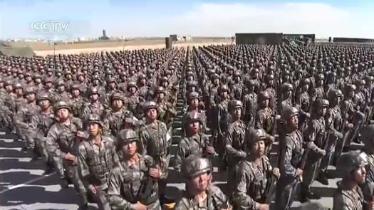 朱日和大阅兵现场 三军接受检阅