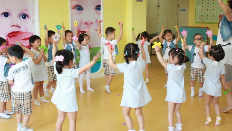 宁波日托班,1+1早教中心为家长解决带宝宝的烦恼 - 草根花农 - 得之淡然、失之泰然、顺其自然、争其必然