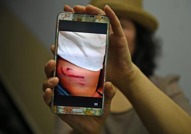 西安一学校上百学生被体罚 疑遭老师钢棍殴打