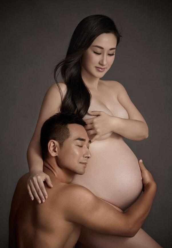 赵文卓夫妇曝全裸写真照 张丹露怀第三胎大肚抢镜 - 一同博 - 一同博DE空间