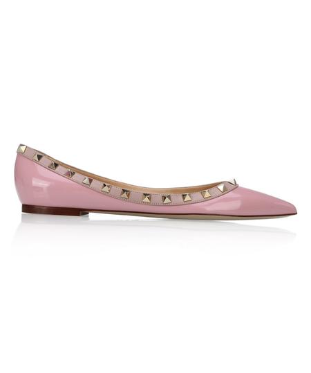 粉色牛漆皮铆钉尖头女士平底鞋