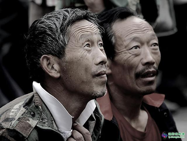 一天收入能有500元的农民工 为什么还是最穷 - 周公乐 - xinhua8848 的博客