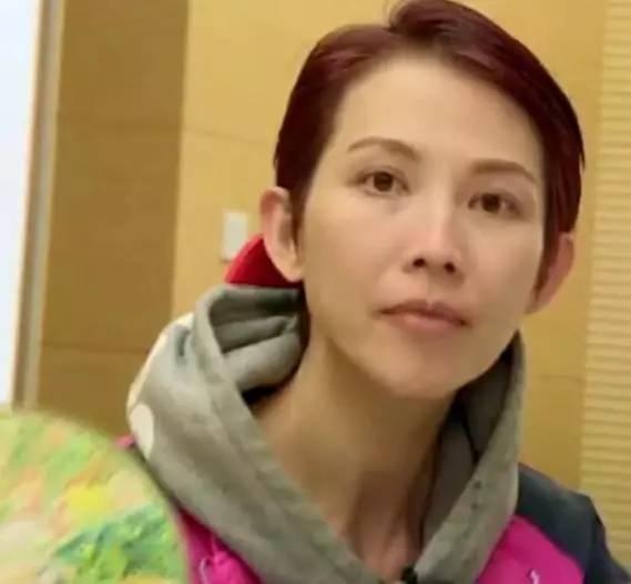 陈妍希的素颜照逆天34岁变回沈佳宜 女星素颜秘诀是啥