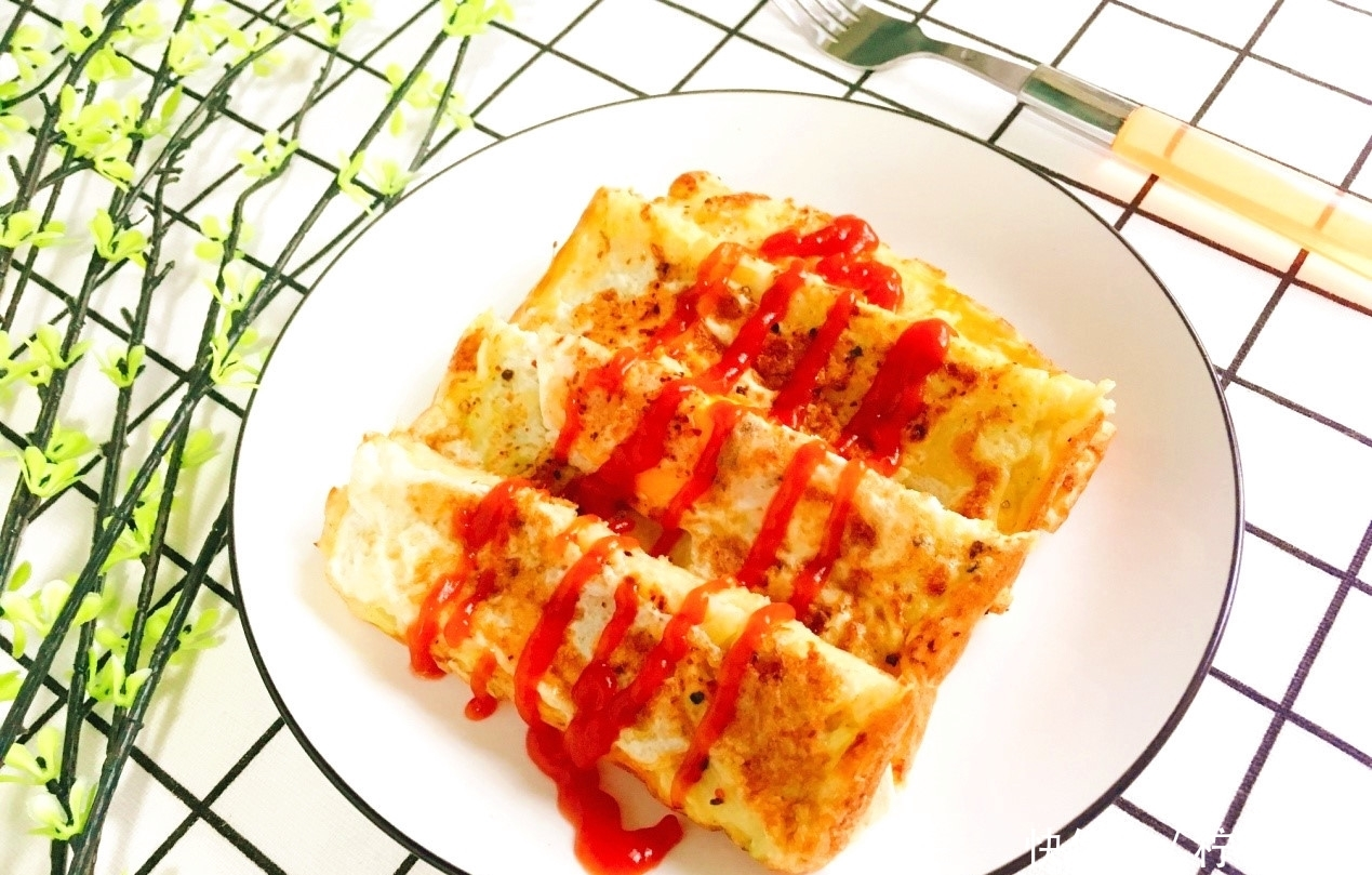 <b>西葫芦还可以做早餐饼?10分钟就搞定,适合上班族</b>