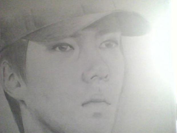 exo吴世勋简单的素描画