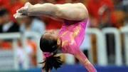 中国小将夺高低杠冠亚军
