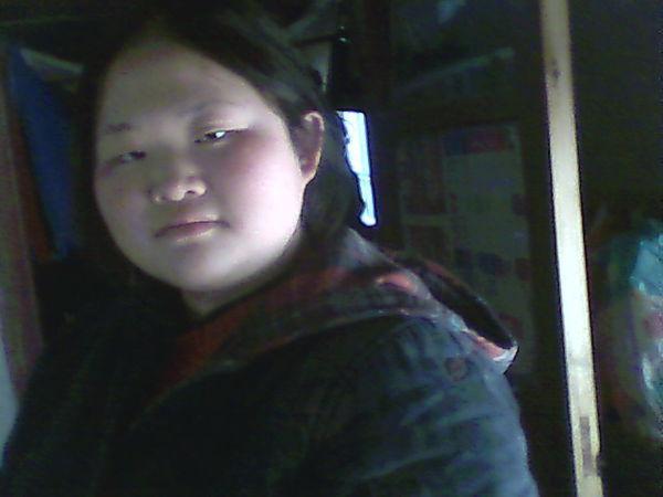 寻胖女孩的照片用作减肥班的女生(减肥前)_36什么适合海报车图片