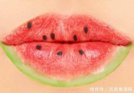心理测试4片嘴唇,你觉得哪个最讨厌测你身边有几个人深爱着你