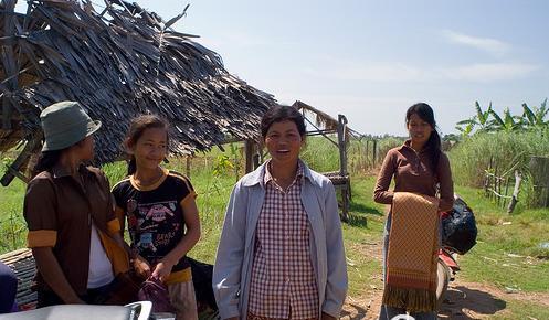 柬埔寨女人村
