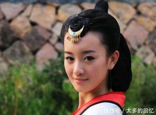 古代奇女貌美如花,自小被皇帝所宠爱,为儿子宁愿赴死