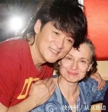 """<b>苍老似70岁老太的她,依旧是周华健心口的一点""""朱砂痣""""</b>"""