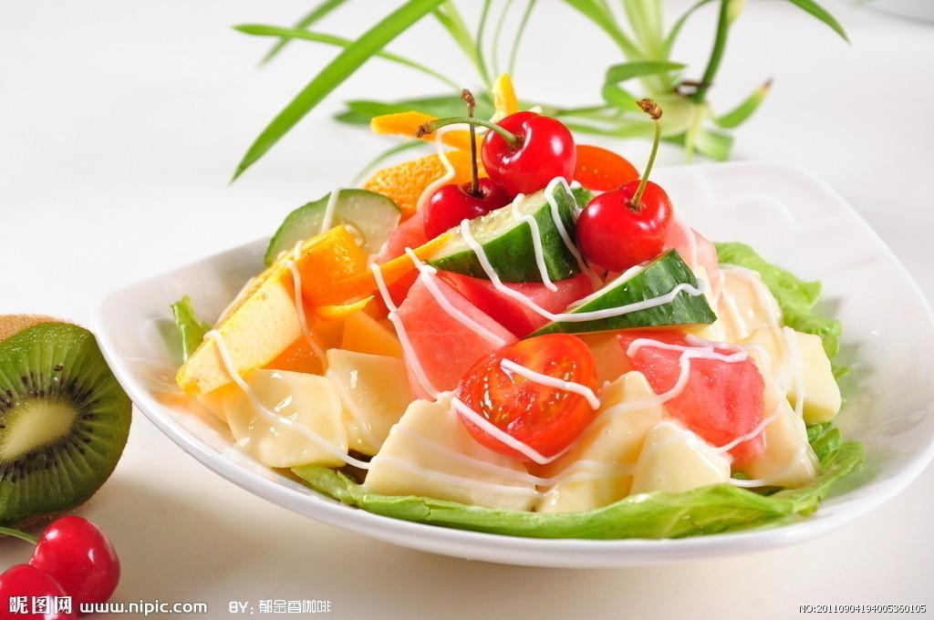 减肥的时候吃沙拉水果瘦?吗减肥补能铬图片
