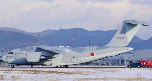 今年3月份,日本某企业为日本空军开发了一款新型运输飞机c2,这款