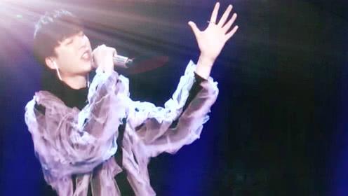 中国音乐公告牌刘宇宁《想象》高音震碎玻璃,太帅太酷太好听!