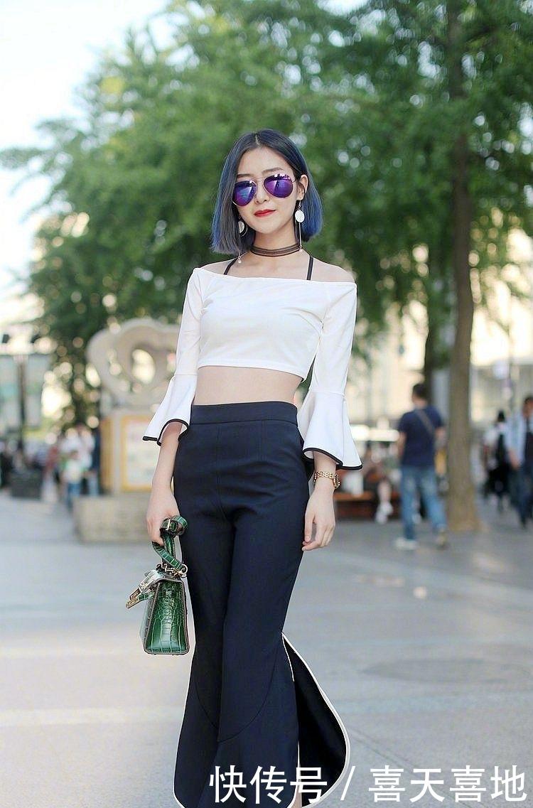 街拍:简约不简单,美女真会穿,秀出的大长腿真不是开玩笑的插图(1)