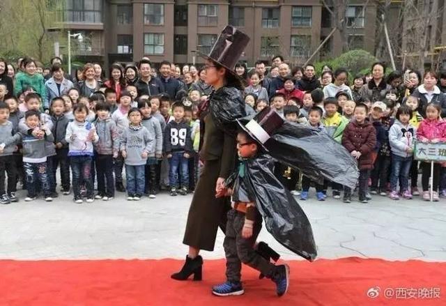 """街道唐韵社区联合辖区东方天翼幼儿园开展""""我和小树同长高""""植树节活动"""