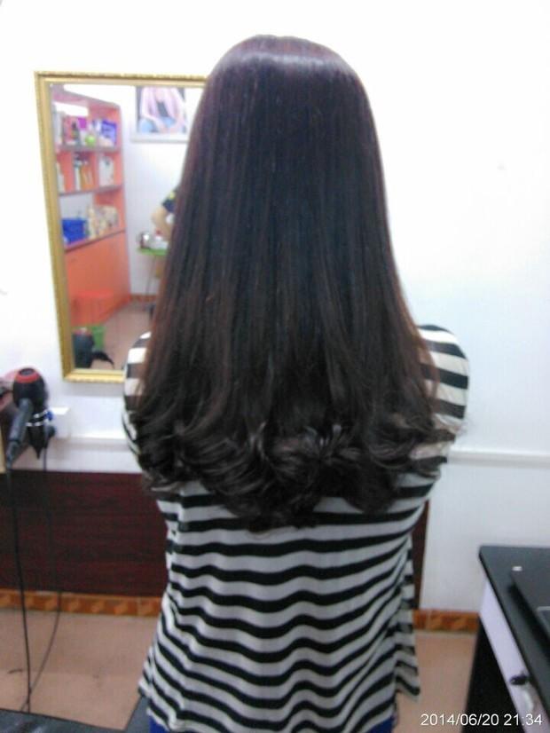 上面直下面微卷的发型分享展示图片