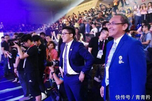 亚运会电竞比赛中国夺冠,霍启刚热泪盈眶上次