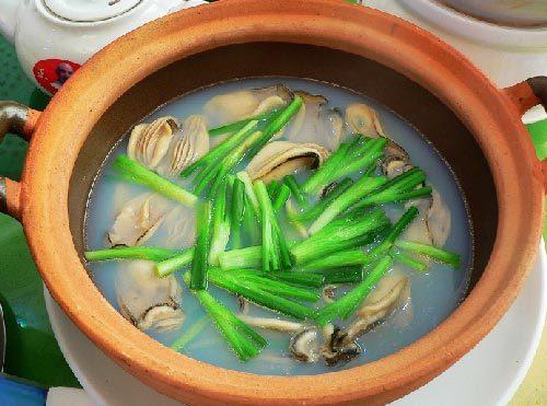 食品�zl�9��9�+_食品目录 对虾   本市沿海盛产对虾,历来为全省有名的对虾产区