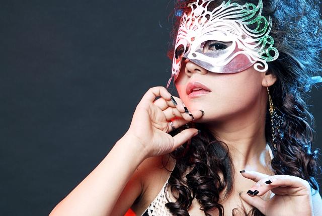 面具女脸手绘图