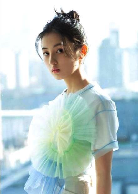 三位90后中国风美女演员,颜值与演技并存,谁动了你的青春梦