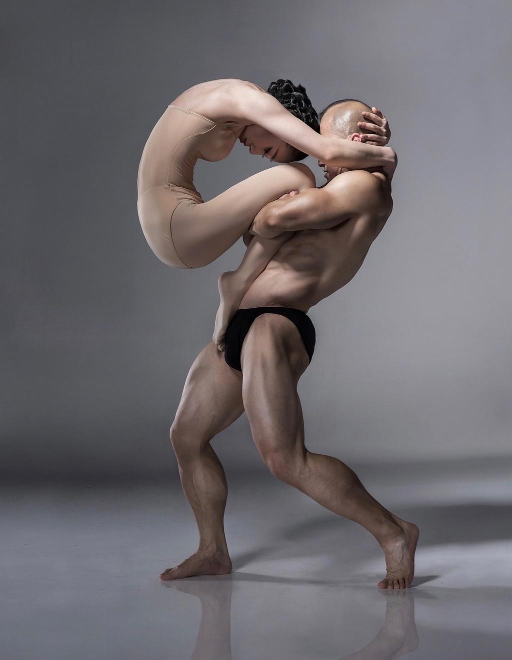 艺术的巅峰:柔与刚劲之间的动作配合 - 一统江山 - 一统江山的博客