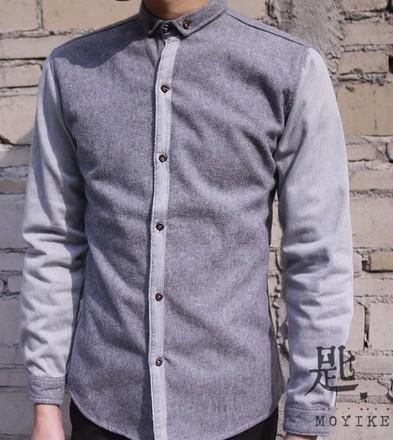蓝色撞色羊羔绒拼接衬衫搭配什么颜色的外套跟裤子