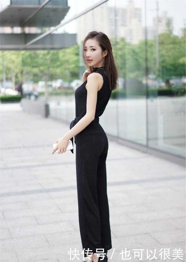 <b>帅气大方的黑色搭配,展示女子活力的气息,呈现别具一格的美</b>
