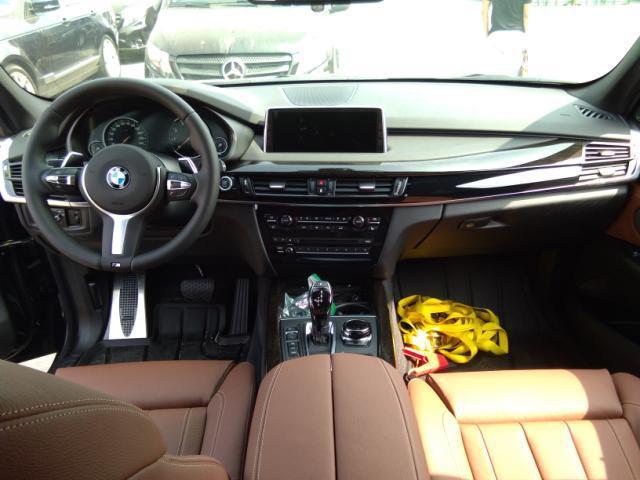 17款宝马X5无区域限制购车手续齐全当日提车高清图片