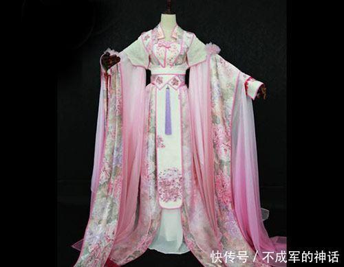 心理测试:选一套宫裙,测古代你在后宫当什么官?掌管什么差事