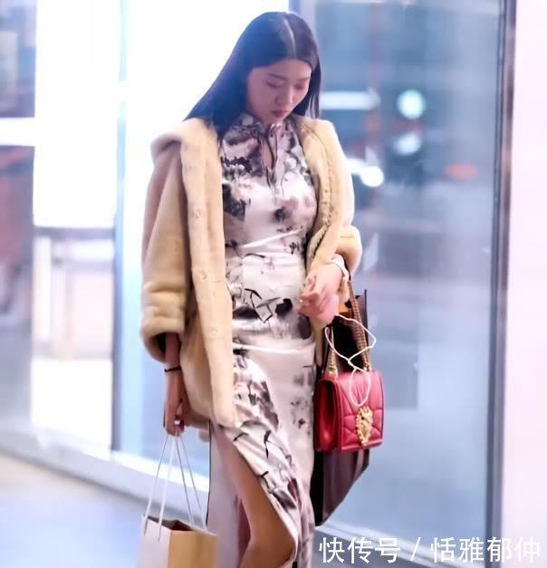 街头发现1一旗袍,穿极品搭讪野猫小街头性感展身材章鱼,美女腿半图片