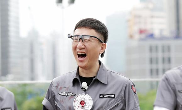 娱评人吴清功:看完综艺《声临其境》替张嘉译和吴秀波捏了一把汗