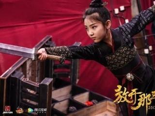 她到底像赵雅芝、张柏芝还是刘亦菲?!