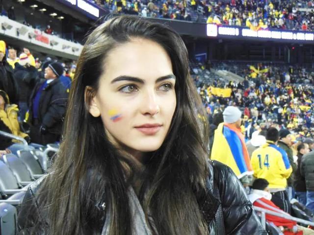 俄罗斯世界杯第一美女!哥伦比亚名模让夏天更炫目惊艳