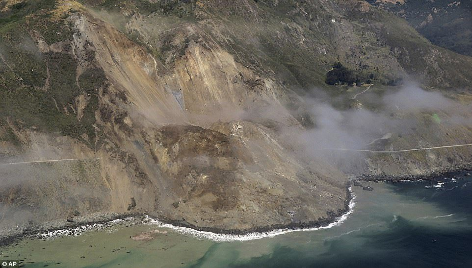 【转】北京时间     百万吨沙石倾泻而下 美国最著名自驾游公路断了 - 妙康居士 - 妙康居士~晴樵雪读的博客