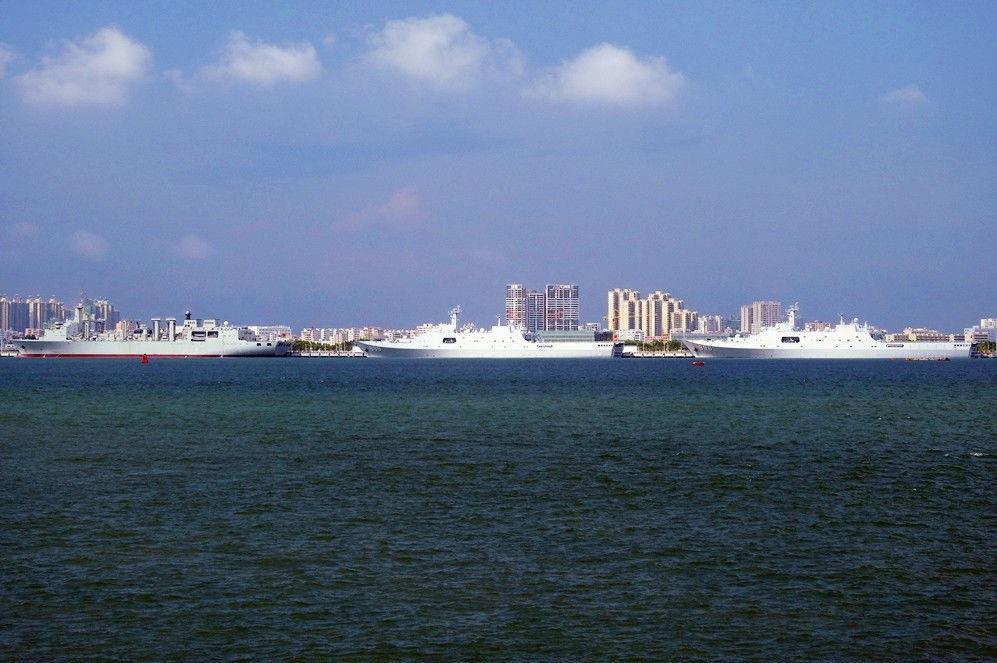 """中国5万吨""""航母奶妈""""首次海上补给:服役在即 - 一统江山 - 一统江山的博客"""