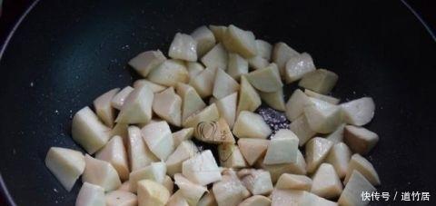 蚝油是先放海参后放?大厨:放对了鲜10倍,放错还是热熟了图片