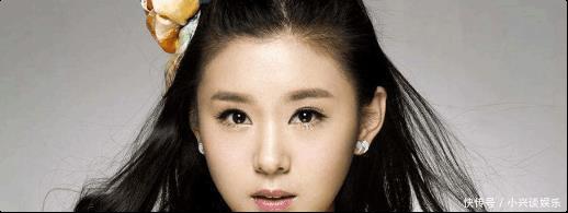她是冯巩女儿, 老公为了她从来不拍吻戏, 如今32岁却长着一张未成年的脸!