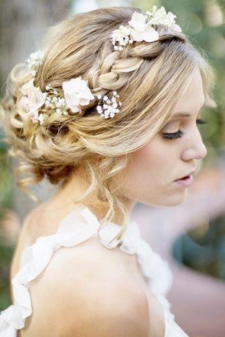 夏季拍婚纱照有哪些清爽的发型?