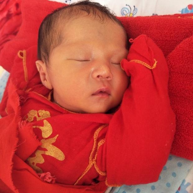 新生嬰兒想按生辰八字以及命運起名,大家幫忙