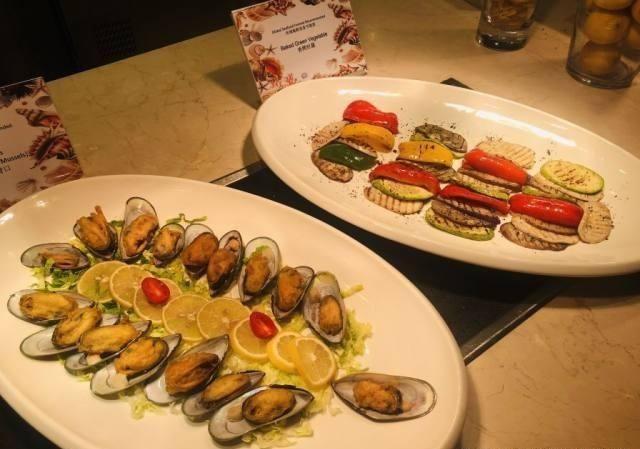 人均不足100享受广州日航麻将五星级自助餐畅酒店情趣蛋糕图片
