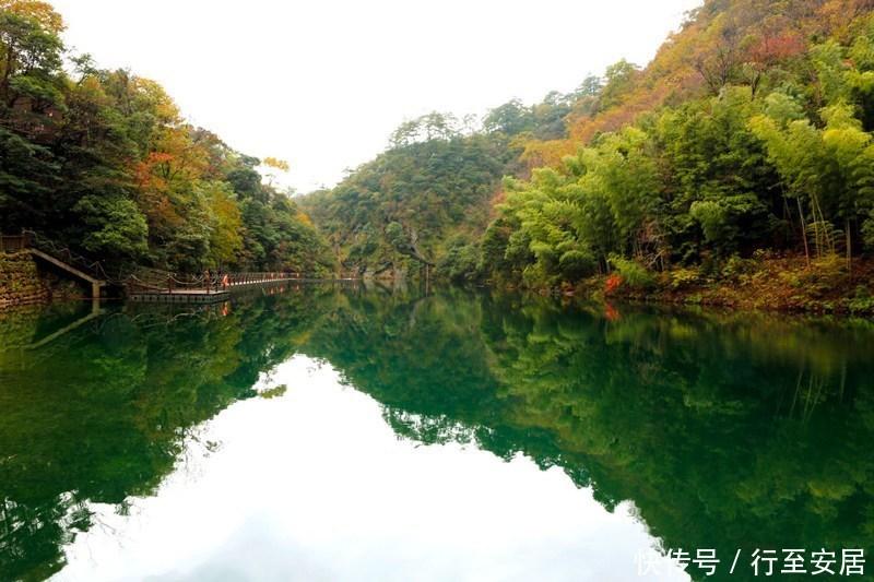 """古称""""西黄山""""位于石台县与祁门县交界处,是安徽的三大高山之一,主峰"""