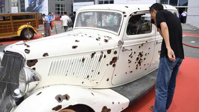 这台车300个弹孔,参演电影获奥斯卡