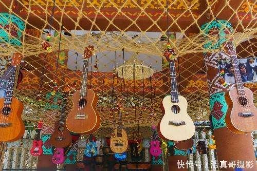 游在三亚, 海南黎族的手工艺品黎锦和制陶艺术图片