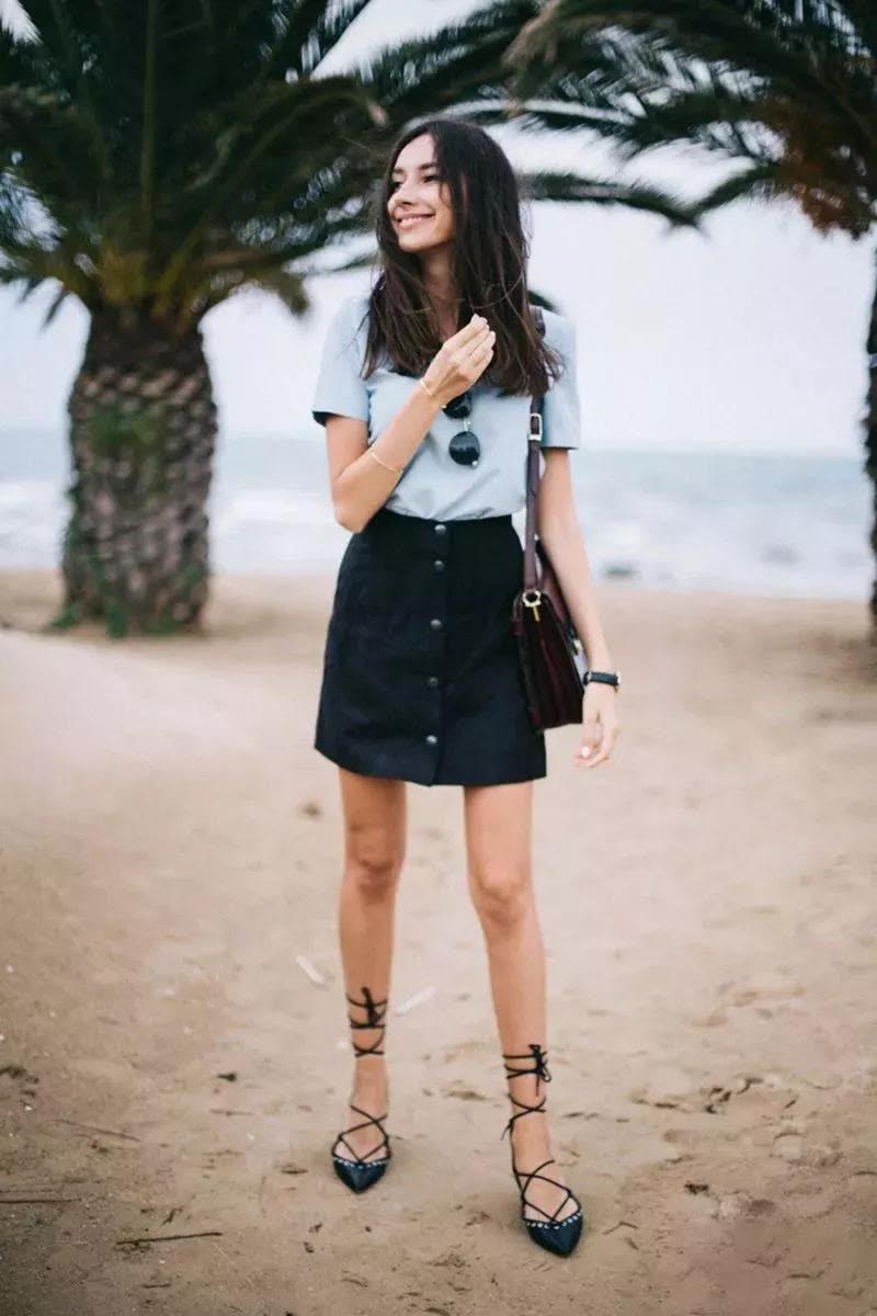 短裙+平底鞋,穿对了更显腿长!